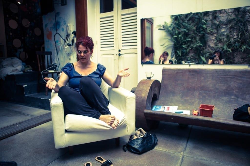 irene-pittatore_2011_nel-giardino-di-laura-lima-rio-de-janeiro